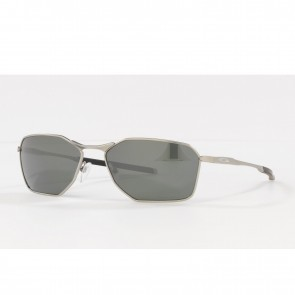 Lente de Sol Oakley Savitar Marco Satin Chrome Lente Prizm Black Polarized Calibre 58 Polarized